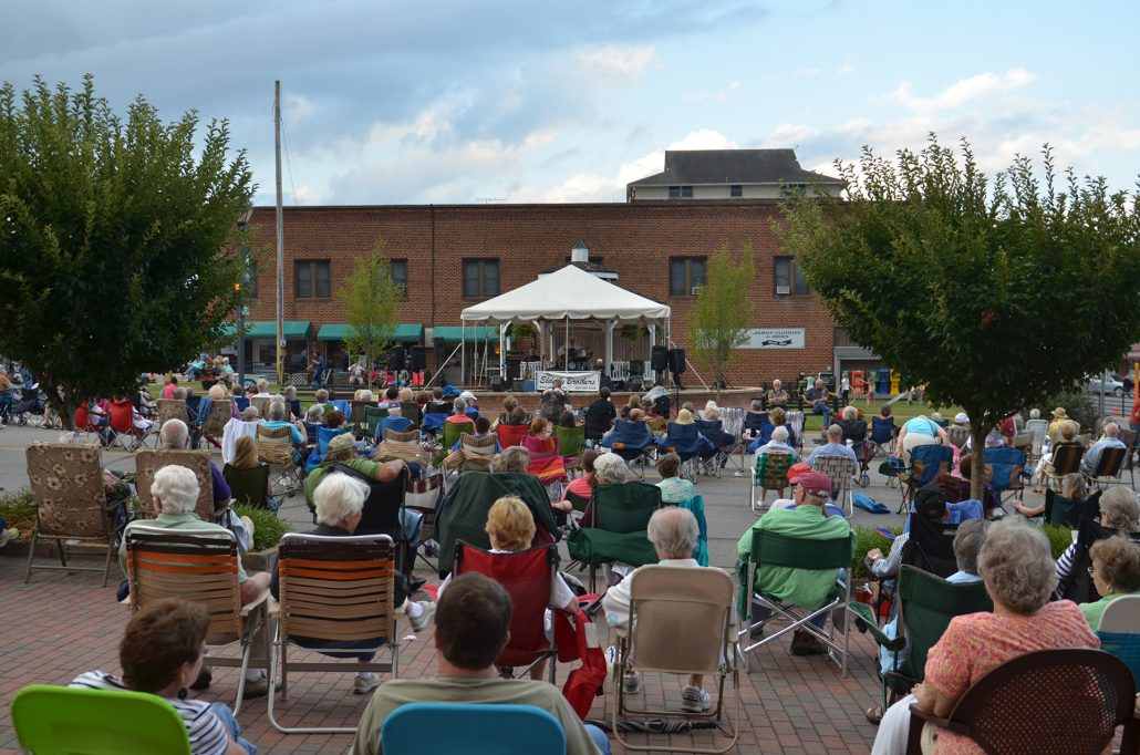 Pickin' On The Square Returns Saturday, May 28th